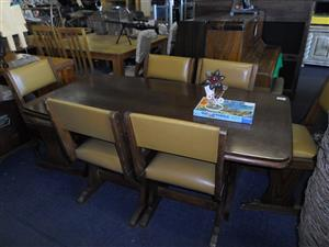 Wooden 6 Seater Dining Room Suite