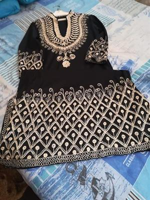 Black and white jersey dress for sale