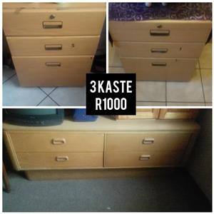 3 Light wooden drawers