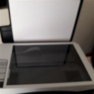HP DESKJET /SCANNER F2180 MINT CONDITION