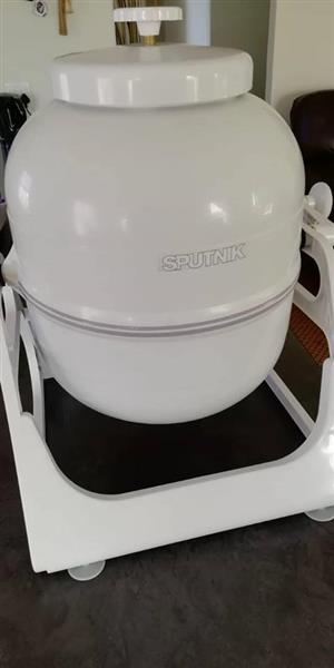 SPUTNIK pressure washer
