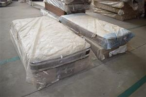 Single and 3/4 base and mattresses