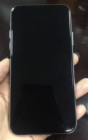 265GB black iPhone 8