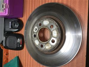 Audi supplied 320mm front discs