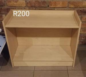 Light wooden mini shelf for sale