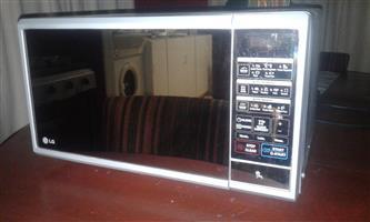 LG 30ltr Digital Microwave
