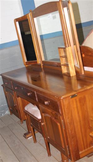 3 Piece bedroom suite S031288O #Rosettenvillepawnshop