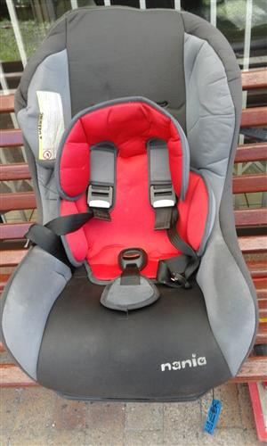 Car seat for sale R400