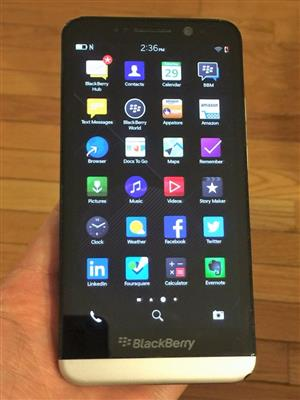 BlackBerry Z30 - 16GB - Black