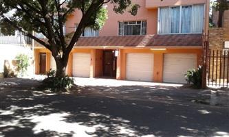 Primrose 2bedroomed flat to rent in secure building Rental R4000 garage