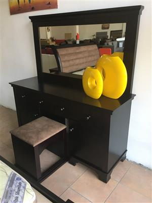 Camilla Dressing Table