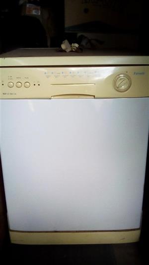 Dishwasher- Brand Favorit