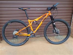 KTM Mountain Bike with Garmen Fenix 5