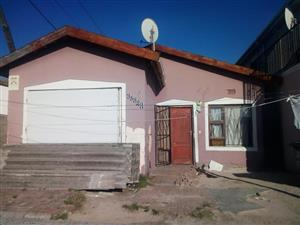 3 Bedroom House For Sale  Harare, Khayelitsha