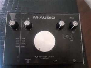 M track audiobox 2×2   or swop for semi acoustic guitar