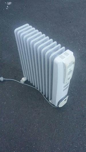 Delonghi 11 fin oil heater