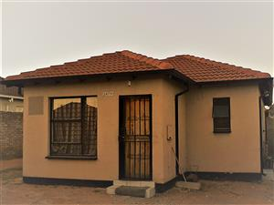 Cozy house for rent in Rivelea