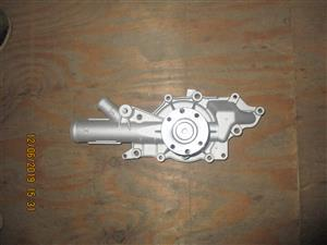 MERCEDES BENZ M646 and W203 WATER PUMP FOR SALE