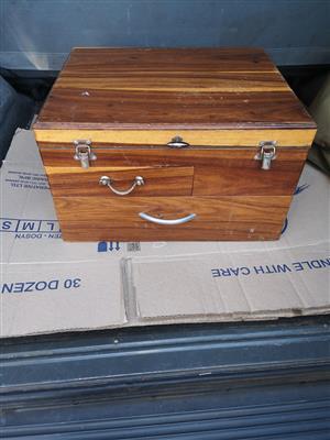 Kiaat wooden fishing box