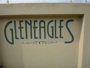 Townhouse ground floor Northgate AND Retirement village Florida Glen 2 bedroom cottage