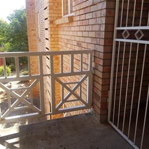 Ultra spacious 2 Bedroom unit in Bloemvallei complex on the border of Parkwest and willows in Faure ave FOR RENT - R5100pm.