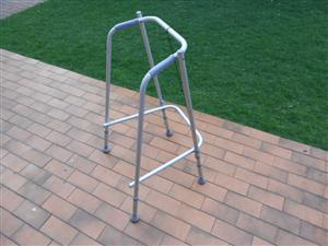 Aluminium walking frame