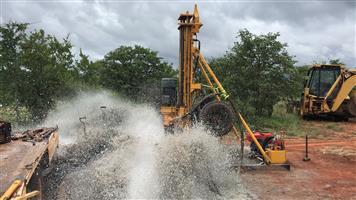 Dth borehole drilling machine