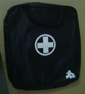 Motor-vehicle First aid Bag/Contents