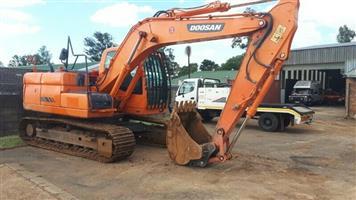 Doosan DX140 LC Excavator
