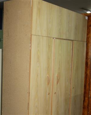3 door wardrobe S032812B #Rosettenvillepawnshop