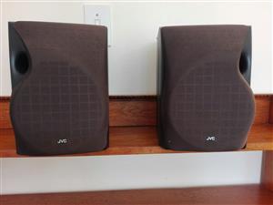 JVC bookshelf speakers, 60 watts, 6 ohm