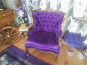 Queen Ann couches