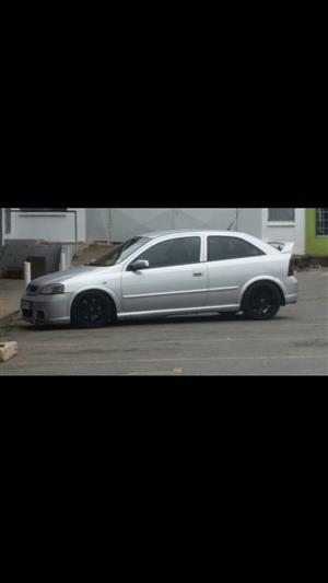 2004 Opel Astra OPC