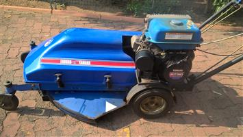 yamaha self propelled lawnmower