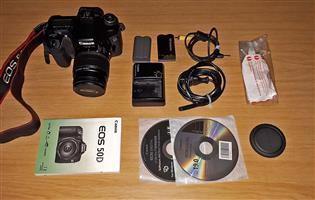 Canon EOS 50D DSLR Kit Lens : EF 18-55mm, f3.5-5.6 with Image Stabiliser
