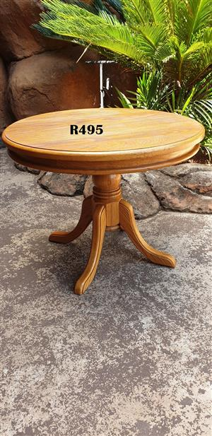 Round Solid Oak Coffee Table (D600mm H 460mm)