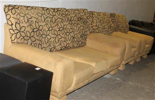 3 piece lounge suite S030452A #Rosettenvillepawnshop