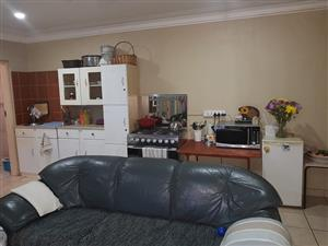Bachelor flat to let-Freewaypark,Boksburg