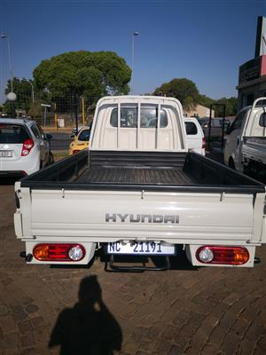 2012 Hyundai H-100 Bakkie 2.6D chassis cab