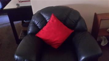 3PC Genuine leather Lounge Suite