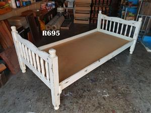 Single Bed with no Mattress