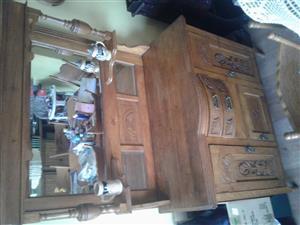 Oak dresser - SOLD
