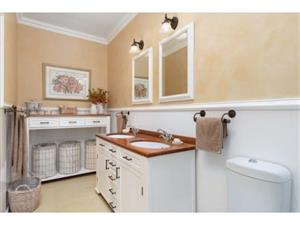 3 bedroom House for sale in Wynberg Upper