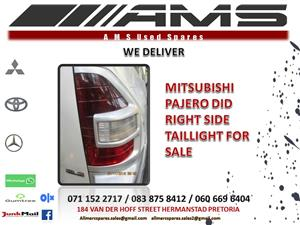 PAJERO DID RIGHT SIDE TAILLIGHT