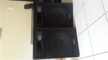 2 PA/DJ DIXON SPEAKERS GOOD AS NEW