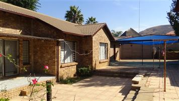 3 Bedroom Home in Suiderberg with a big yard – R 1 000 000