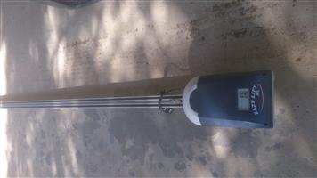 EASY LIFT GARAGE DOOR OPENER