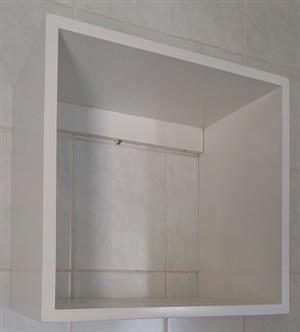 6 Wooden cabinets. R100 each. 3 X Cabinet sizes W) 40cm X H) 39cm X D) 25cm.