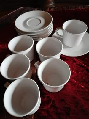 6 Noritake cups and saucers in pearl white