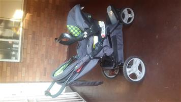 3 Wheel baby Pram/Stroller and car Seater for sale